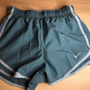 Nike drifit shorts sz XS